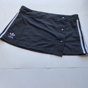 Adidas Originals 3-stripes black mini skirt NWT